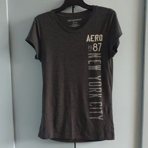 AEROPOSTALE GRAPHIC EMBROIDERED TEE CHARCOAL GRAY